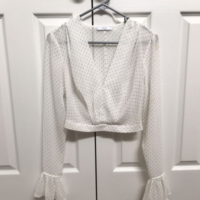 Sheike long sleeve white blouse silver stud's size 6