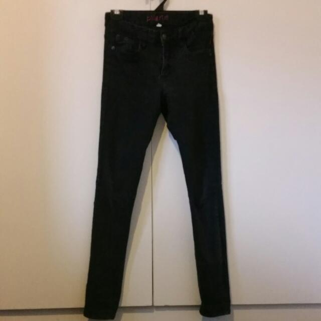 Size 8 Pilgrim Black Mid Waisted Skinny Jeans