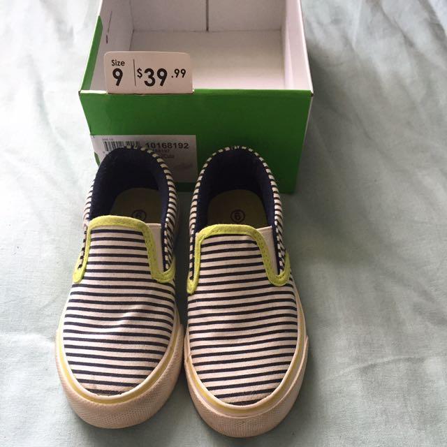 Size 9 Boys Slip On Sneakers