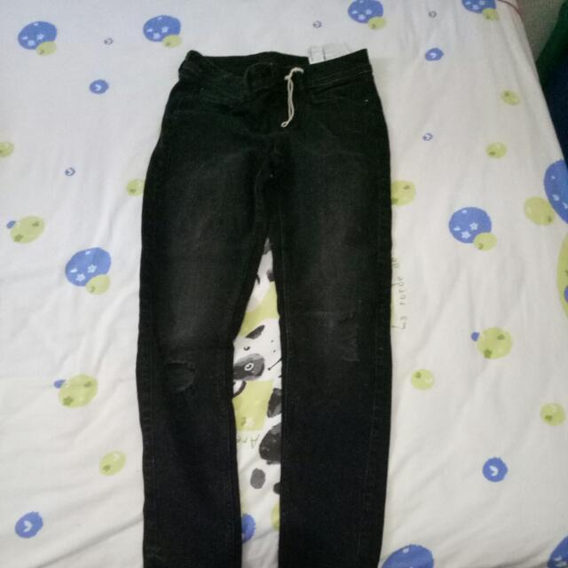 Zara Jeans Hitam Mambo Original
