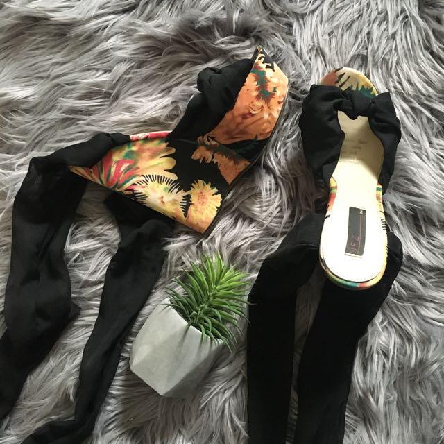Zu Floral Tie Up Wedges (7)
