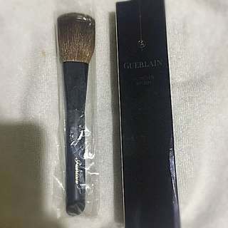 GUERLAIN powder brush
