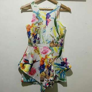 ASSYMETRICAL FLORAL ROMPER