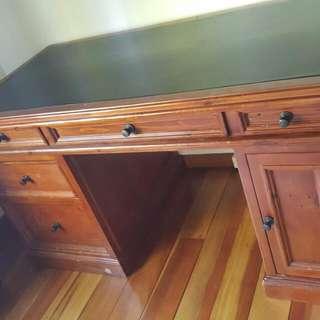 cottage hill desk