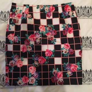 Review size 12 Floral/check Pencil Skirt