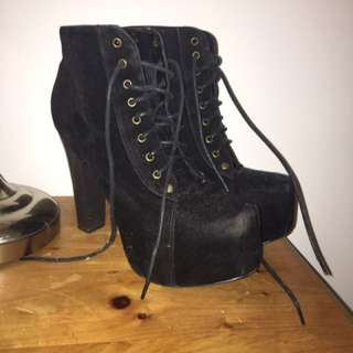 Lolita Heels