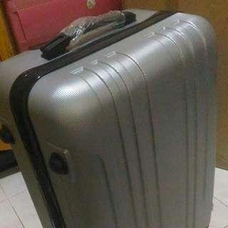 Idoky universal 24Inchs Luggage