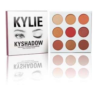 Kylie Cosmetics Burgundy Pallete