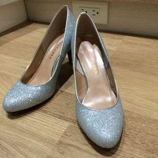 日本製 銀色顯白跟鞋