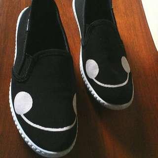 Baymax Shoes Twice lng naga it..