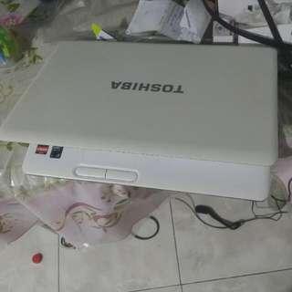 TOSHIBA 3Gb Ram 320GB 15.6 Laptop