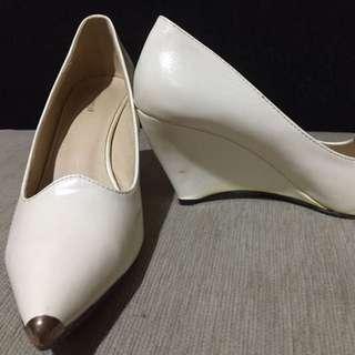 Shoes Size 36 (Ninety One)