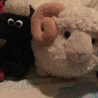 超可愛綿羊公仔