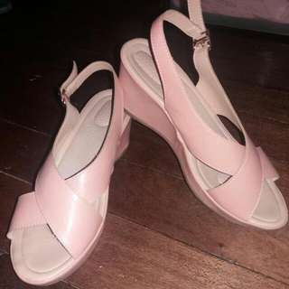 PARISIAN Light Pink Wedge Comfy Sandal