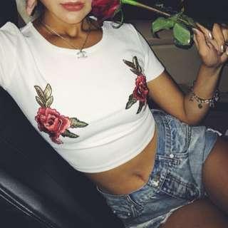 ♡minibox♡玫瑰刺繡短版上衣