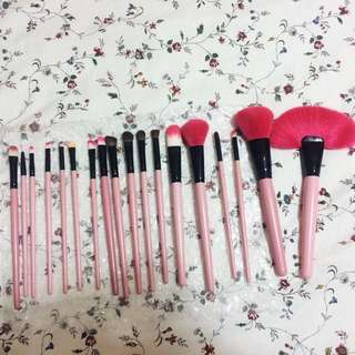 18 Pcs Make Up Brush