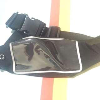 Tas Pinggang Pria Untuk Olahraga