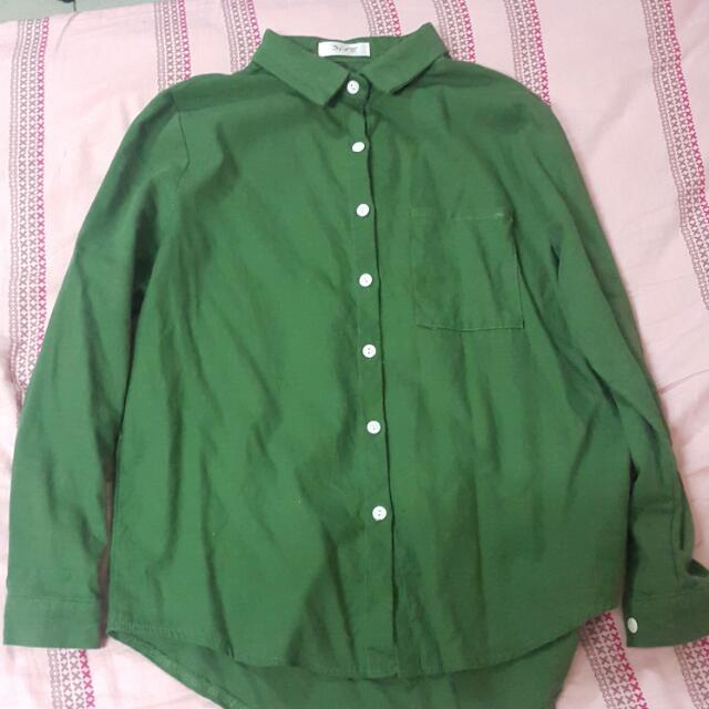 綠色長袖襯衫