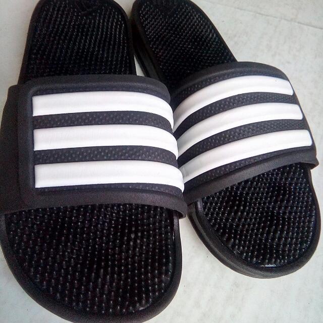 Adidas adissage Stripe, hombre 's Fashion, calzado en carousell