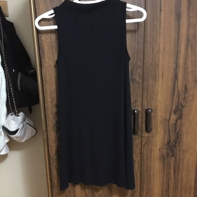 AE - Black Shift Dress