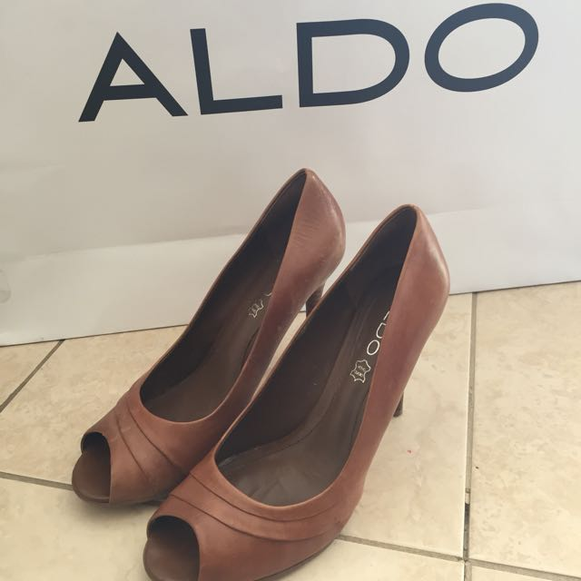 ALDO Nude Tan Heels