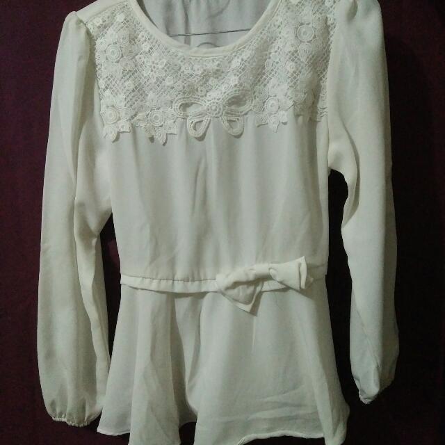 Baju Putih Panjang Bahan Halus Bgt