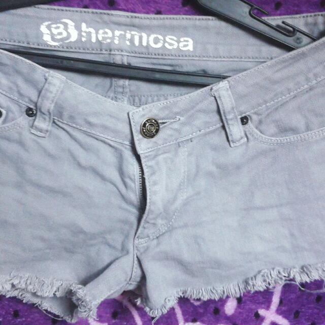 Bhermosa Short Good As New Size 29
