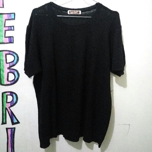 Black T-shirt Rajut