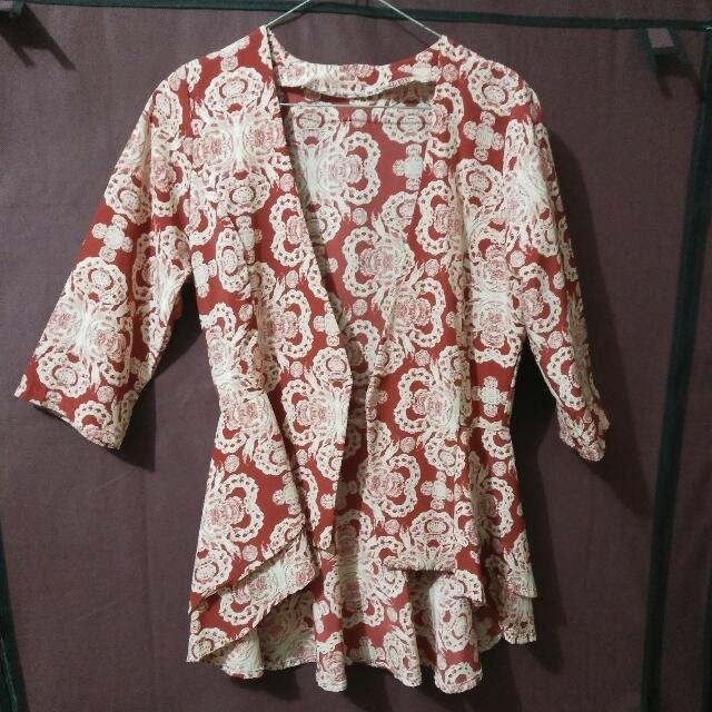 Blazer Batik Peplum