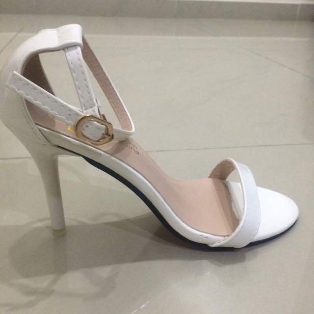 BN White Heels