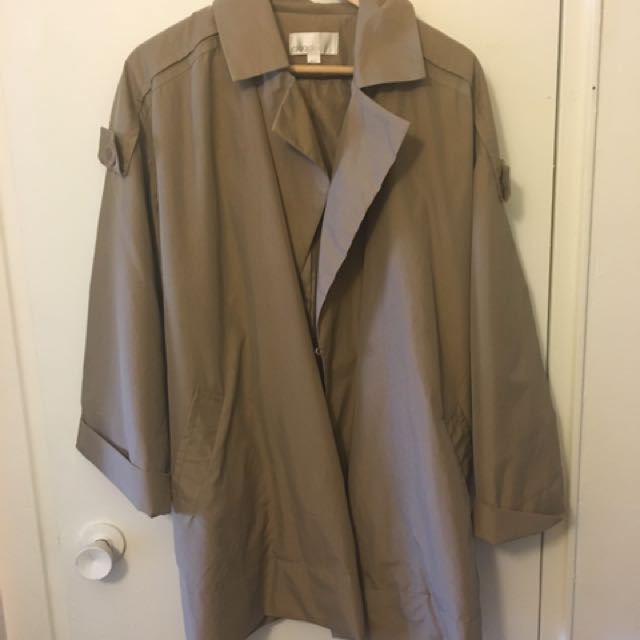 Cleo Trench