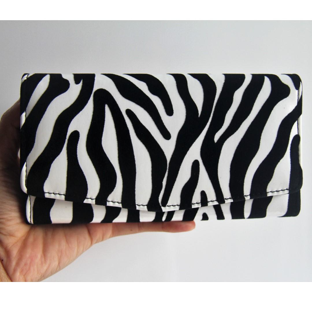 Dompet zebra