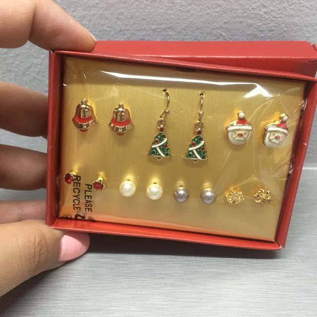 Earrings Set (with Christmas Design)
