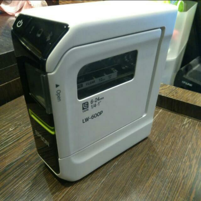 Epson 標籤機 買就送標籤帶(價值約NT2000以上)