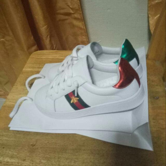 aed7499f6e9 Gucci Bee Red Green Design Shoes