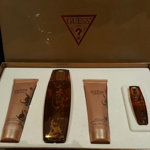 *price Reduced* Guess By Marciano Perfume Gift Set