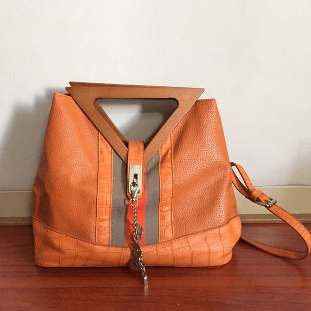 H*rmes Wooden Handle Bag