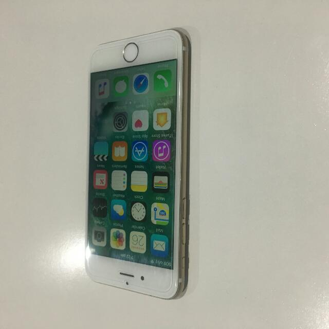 iPhone 6. Gold/White/ With Warranty. With Warranty