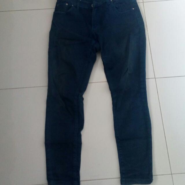 Jeans Biru Donker Limit