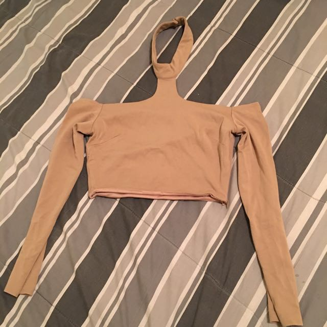 Long Sleeves Choker Top