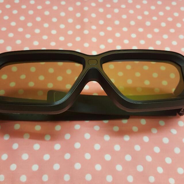 92881e299dc9 NVIDIA 3D VISION 2 WIRELESS GLASSES