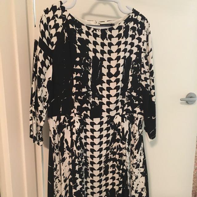 Portmans Black And White Dress Size 12