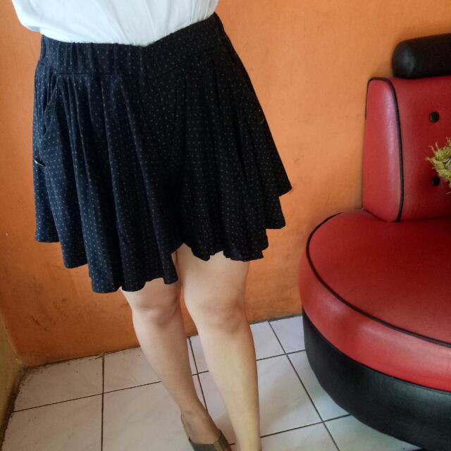 Preloved Rok Mini Celana