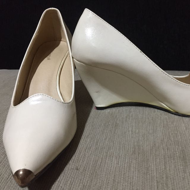 Shoes Size 36 (Ninety One)