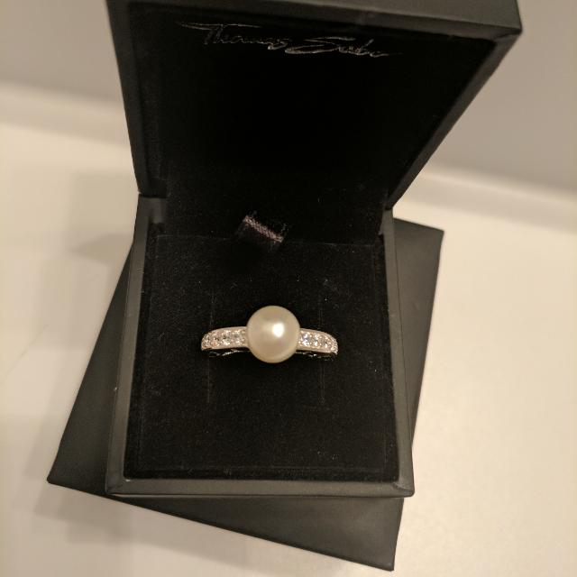 Sterling Silver Ring (Size 7)