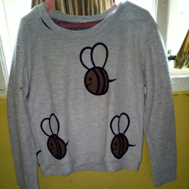 Sweter Kumbang Abu2