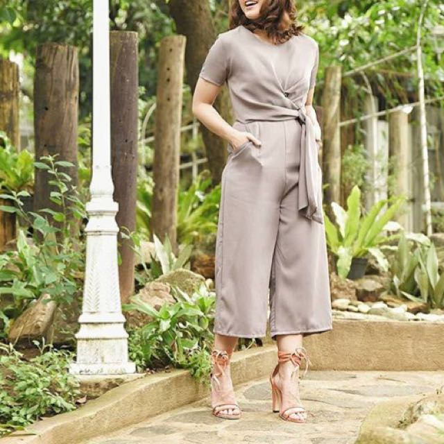 UO: Jumpsuit in Gray