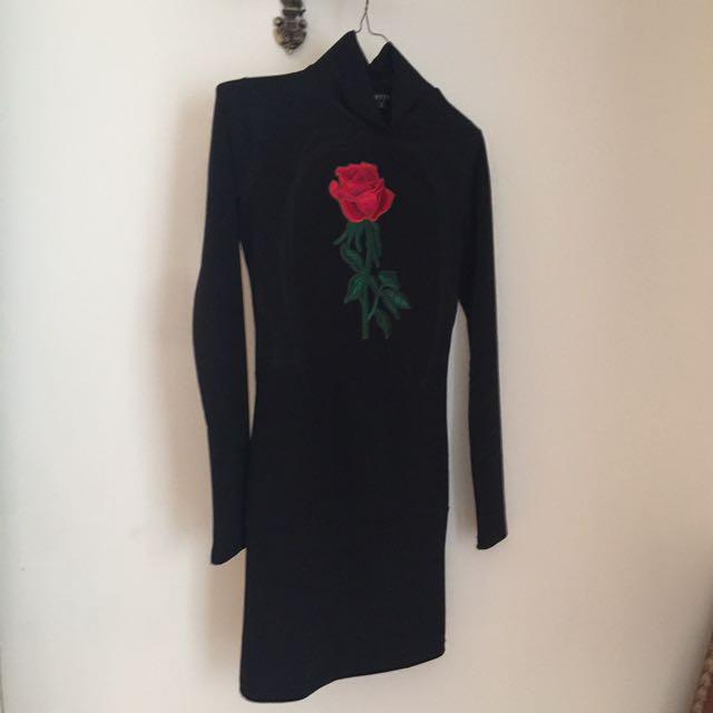Women's Red Rose High Neck Dress In Black