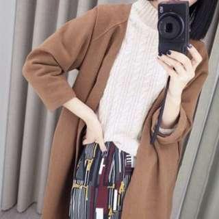 駝色長版外套