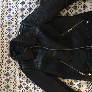 Parasuco, H&M, Forever 21, Vero Moda Coats